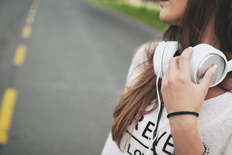 Acum poți asculta audiobooks în limba română